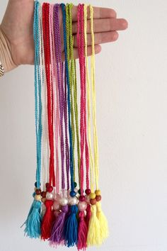 Tutorial - How to make a crochet and beaded necklace