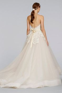 """gown with horsehair crin hemline... this looks like it's about 4"""" width"""