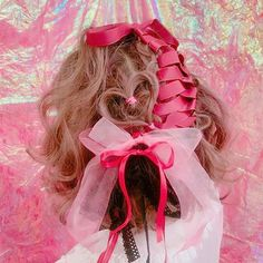 いいね!783件、コメント5件 ― ゆうすけ#ハートアレンジさん(@okumura.yusuke)のInstagramアカウント: 「モフモフなウェーブが可愛いと思うのよねボブの場合 . リボンの結び目を上にしてレースアップすると前から見た時のアクセントになるなる . .  #ハートアレンジ #ヘアメイク…」 Hairstyles Haircuts, Pretty Hairstyles, Ulzzang Hair, Hair Arrange, Pastel Grunge, Long Locks, Asian Hair, Hair Ornaments, Hair Inspo