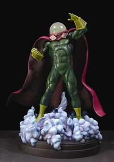 Mysterio statue  Sculpted by: Mark VanTine    Release Date: December 2006  Edition Size: 1000