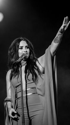 Demi Lovato on stage Lady Gaga, Selena Gomez, Divas, Demi Lovato Pictures, Famous Singers, Shows, American Singers, Girl Crushes, Role Models