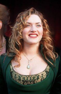Kate Winslet, Robe Givenchy crée par Alexander Mac Queen ...
