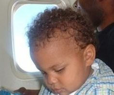 Taking an International Flight With Your Toddler: 20 Things to Bring