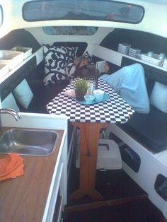 Albin 25 - Diverse båd - Fotos fra karsten a Sailboat Interior, Outdoor Tables, Outdoor Decor, Yacht Design, Hygge, Sailboats, Outdoor Furniture, Interior Design, Boat Decor