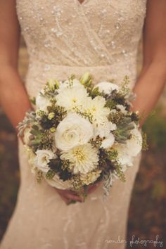 Succulents, ranunculus, and dahlias. So pretty!! Photo by: Render Photography