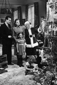 A Complete List of Christmas Movies Everyone Needs to See at Least Once in Their Lifetime Christmas Past, A Christmas Story, Christmas Carol, Vintage Christmas, Christmas Specials, Christmas Collage, Christmas Journal, Vintage Thanksgiving, Christmas Scenes
