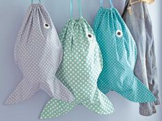Sew A Bag Found it at Blitsy - 15 Adorable Fish Crafts Your Kids Will Love - With Finding Dory swimming into theaters, you might just have fish on the brain! Here are 15 adorable fish crafts to make with Sewing Hacks, Sewing Tutorials, Sewing Crafts, Sewing Ideas, Sewing Projects, Sewing For Kids, Free Sewing, Bag Patterns To Sew, Sewing Patterns