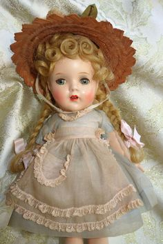 Adorable 12 Madame Alexander McGuffey Ana in Pink and Blue All Original Composition Doll Old Dolls, Antique Dolls, Child Doll, Baby Dolls, Vintage Madame Alexander Dolls, Vintage Paper Dolls, Hello Dolly, Cute Dolls, Doll Face