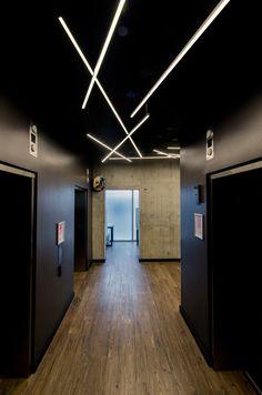 Fast Jack Cirrus Float Edge Lighting at Lightology Corridor Lighting, Linear Lighting, Office Lighting, Interior Lighting, Modern Lighting, Lighting Ideas, Outdoor Lighting, Entrance Lighting, Home Lighting Design
