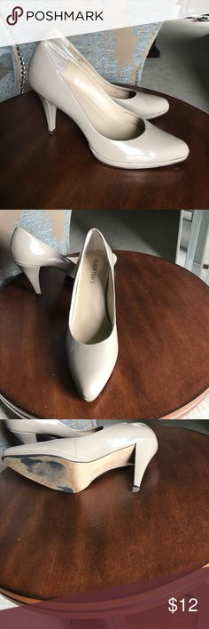 Ellen Tracy Patent Leather Pumps Good condition. A few scuffs. Lots of wear left. Quality is a 6 out of 10. Ellen Tracy Shoes Heels