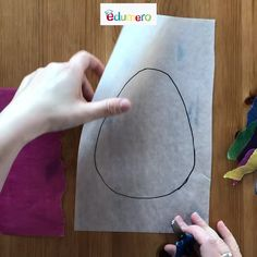 Basteln mit Kindern: Fensterdeko Osterei basteln Your children can tear out the strips of tracing pa Craft Projects For Kids, Easter Crafts For Kids, Diy For Kids, Children Crafts, Spring Art, Spring Crafts, Holiday Crafts, Easter Activities, Activities For Kids