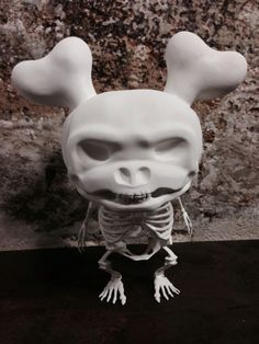 #SKULLY design by #badmarvel - custo by #SO-DS. Expo at Maker/Seine.