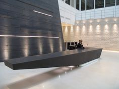 30 Unbelievable Reception Desk Ideas For Your Minimalist Office - Feed My Design. Corporate Interiors, Hotel Interiors, Office Interiors, Hotel Lobby Design, Lobby Reception, Office Reception, Workspace Design, Office Interior Design, Reception Counter Design