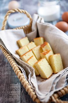 Butter Cake - BEST-EVER rich, loaded, sweet, extremely buttery butter cake. The only butter cake recipe you need, must… Easy Delicious Recipes, Easy Cake Recipes, Sweet Recipes, Delicious Desserts, Dessert Recipes, Yummy Food, Asian Recipes, Easy Butter Cake Recipe, Cake Recipes From Scratch
