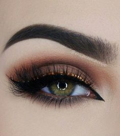 Double Pin Up Liner + Taupe Eyelid + Lashes + Copper Crease