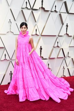 Rachel Weisz, Gemma Chan and Constance Wu brought a touch of drama to the 2019 Academy Awards red carpet - as did the men. Oscar Gowns, Oscar Dresses, Evening Dresses, Gemma Chan, Jennifer Hudson, Jennifer Lopez, Christian Siriano, Charlize Theron, Valentino Gowns