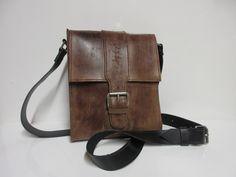 Pochette homme en cuir marron grunge. : Autres sacs par cuiraflo