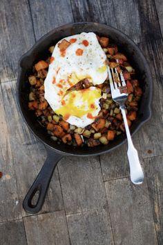 sweet potato, apple & pancetta hash / food + words