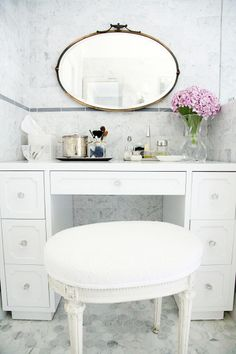 Traditonal Home with a Chic Twist (Style Me Pretty Living) Style Me Pretty Living, My New Room, Bathroom Inspiration, Bathroom Ideas, Bathroom Inspo, Shower Ideas, Decoration, Sweet Home, Interior Design