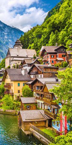 Hallstatt mountain village, Salzkammergut, Austria