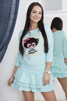 Dámský set trička a sukně s volánky. Vhodné pro vel. XS, S a M.