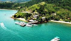 Ilha Bela é um paraíso localizado a 207 km de São Paulo o serviço de van para o transfer,é ideal para quem curtir e descansar, Confira !!! Beach Club, Vans, River, Outdoor Decor, Car Rental, Camps, Brazil Cities, Tourism, Van