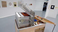The mobile silk screen cart par Mike Slattery.