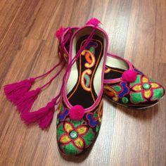 Multi Color Juti with Laces