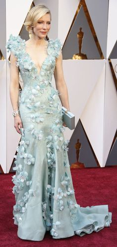Cate Blanchett in Armani Privé on the Oscars red carpet (Photo: Noel West for The New York Times)
