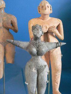 Female Figurine Iran Tureng Tepe IIIB Period Millenium BCE Photographed at the University of Pennsylvania Museum of Archaeology and Anthropology. Venus, Ancient Goddesses, Art Ancien, Ancient Persia, Art Premier, Mother Goddess, Sacred Feminine, Art Sculpture, Sumerian