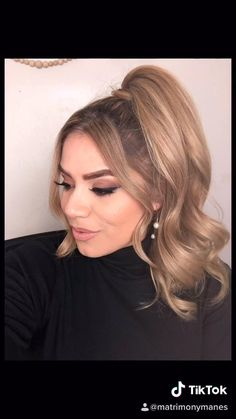 #ponytail #volume #tutorial #hairstyleideas Hair Curling Techniques, Hair Color Techniques, Volume Hairstyles, Curled Hairstyles, Curly Hair Tips, Wavy Hair, Best Hair Brush, Cherry Hair, Hair Color Formulas