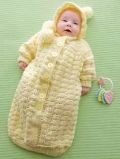 Free Baby Bunting Knitting Patterns : 1000+ images about Crochet Cocoons and Buntings on Pinterest Baby cocoon, B...