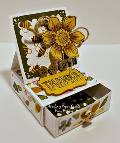 Bee Thankful by Apeeling Papercrafts - Cards and Paper Crafts at Splitcoaststampers