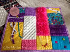 Alzheimer's fidget quilt, chenille and fuzzy fabrics, but similar colors so it doesn't look like a child's toy Quilting Projects, Sewing Projects, Sewing Ideas, Nursing Home Gifts, Alzheimers Activities, Sensory Blanket, Weighted Blanket, Fidget Blankets, Fidget Quilt
