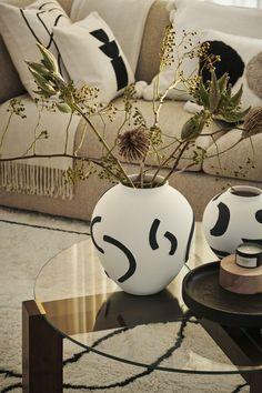 Unique Home Decor, Cheap Home Decor, Schwarz Home, Grands Vases, Deco Design, Room Accessories, Interior Design Tips, Home Decor Inspiration, Home