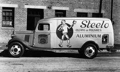 typethatilike: Vintage Commercial Cars sprk.ca - Max and Ben, Inc. Old American Cars, Step Van, Food Truck Design, Vintage Typography, Vintage Trucks, Commercial Vehicle, Station Wagon, Vintage Advertisements, Vintage Signs