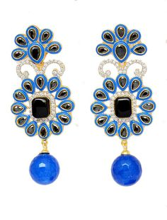 Women should never go devoid of earrings. Momentary on them is an opportunity or chance missed.