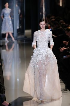 Love this dress would probably wear an underskirt?? Elie Saab Alta Costura SS13 #Novias #Bodas #Bridal