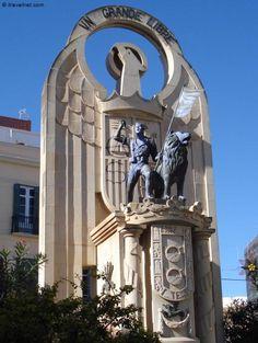 Statue Grande Libre ~ Melilla, Spain