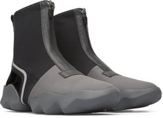 Our Dub women's sneaker boot has curves inspired by nature but features a sporty, flexible design for urban trekking.