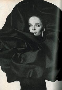Sue Murray in Balenciaga's beautiful cape of black gazar that wraps around the head, photo by Irving Penn for Vogue, 1967