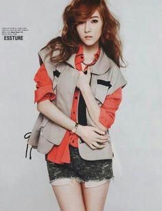 Jessica snsd love her clothing #jessica