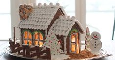 Xmas Decorations, Christmas Home, Biscotti, Gingerbread, Desserts, Food, Houses, Tailgate Desserts, Homes