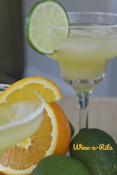 This Margarita Cocktail is a tad different than your traditional margarita.it has wine in it! Making it a light wine cocktail with a margarita twist. Sangria Recipes, Margarita Recipes, Cocktail Recipes, Wine Recipes, Cooking Recipes, Margarita Cocktail, Alcohol Recipes, Fun Cocktails, Perfect Food
