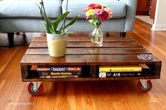 pallet coffee table & 12 DIY Hacks To Create Your Dream Apartment Palette Deco, Diy Casa, Diy Coffee Table, Wooden Pallets, Diy Organization, Organizing Ideas, Diy Storage, Pallet Storage, Book Storage