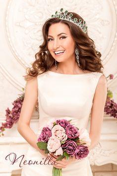 Klothilda - wedding dress by Neonilla brand