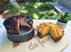 Tartă aerată cu fructe. Două variante Biscuit, Picnic, Cheesecake, Muffin, Cooking Recipes, Breakfast, Dna, Morning Coffee, Cheesecakes