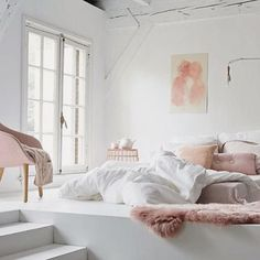 Pink + white. Love this home decor color combo.