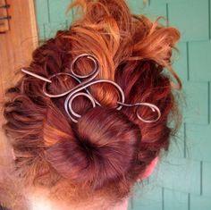 Women Hairstyles   via Tumblr ☻. ☺. ✿