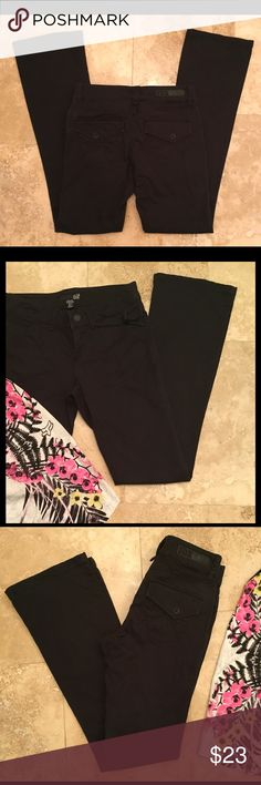 Fox Racing Co. Pants ✨Excellent condition✨Black cotton (97%) Fox pants, with detail stitching on back and synch tab on front.  Both cute and comfy!! 👏🏻Halter is also for sale in my closet 🚫No Trades❗️Make an offer or request a bundle 🎯 Fox Pants